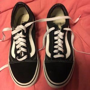 e39605ef95 Vans Shoes - Old Skool black vans